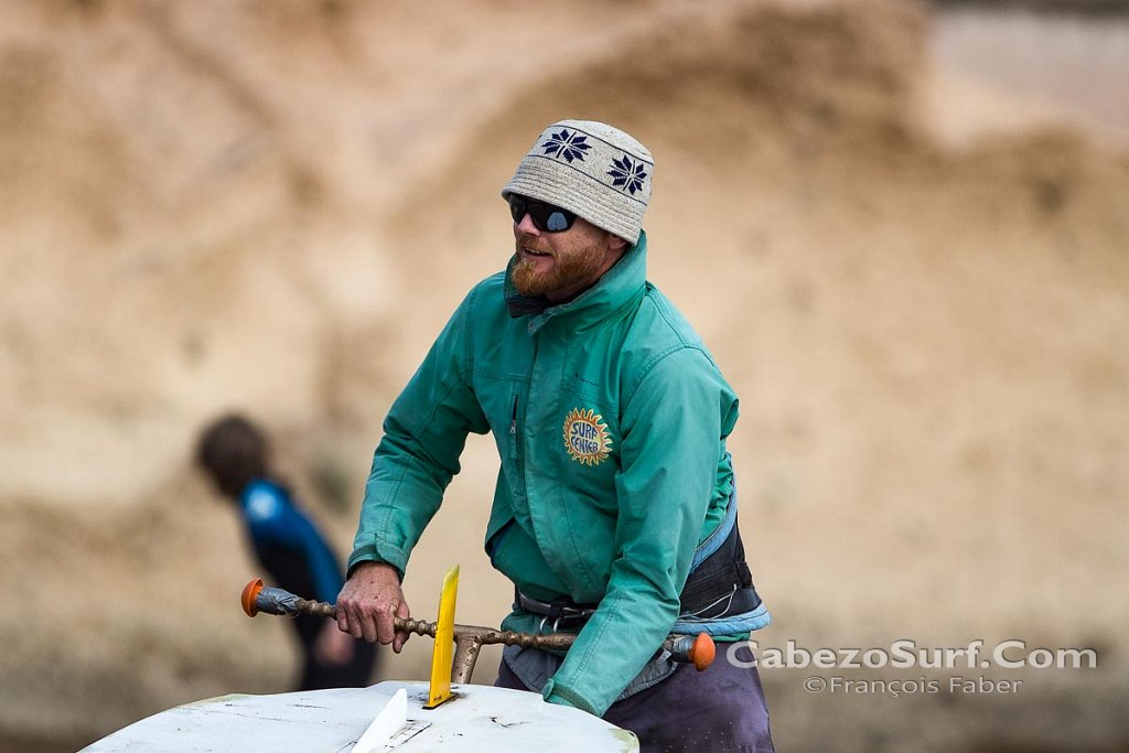 Windsurf instructor Raik
