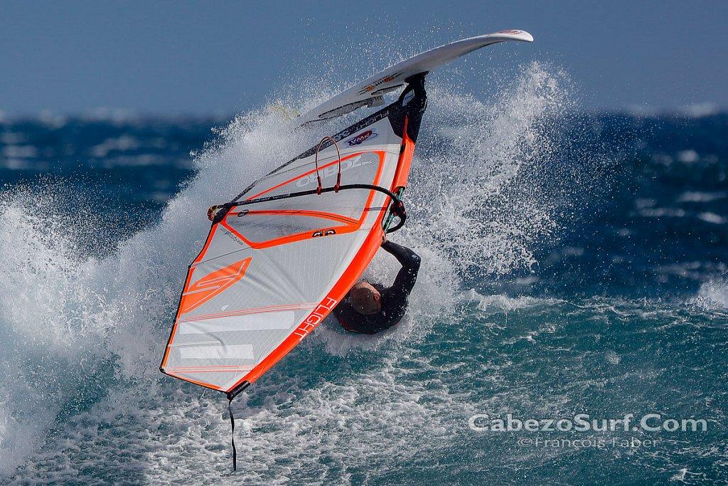 Bart David windsurfing at El Cabezo wave spot, El Medano, Teneri