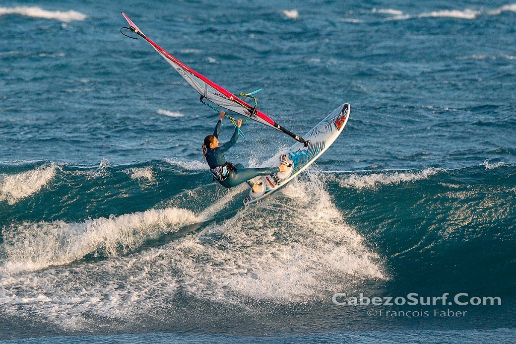 Wave session at El Cabezo